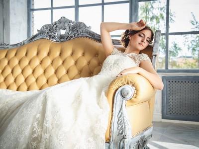Poszukiwanie i zakup sukni ślubnej – praktyczne wskazówki